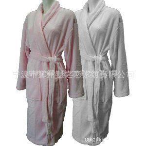 供应秋冬热销时尚韩版保暖纯色睡衣 可代发