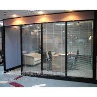 供应广东专业钢化玻璃推拉门安装更换防盗门安装整套门