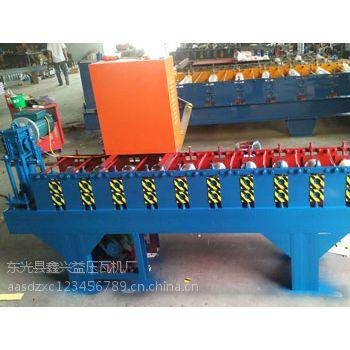75型扣板机彩钢瓦设备兴益压瓦机厂