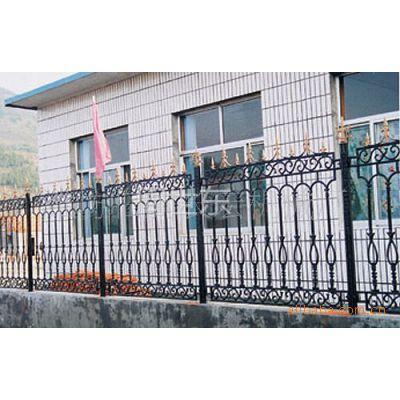 供应铁艺护栏 热镀锌护栏 pvc护栏 质优价廉 欢迎采购
