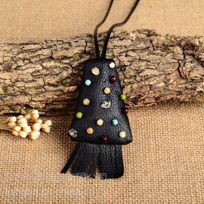 帕洛玛原创时尚复古牛皮吊坠毛衣链