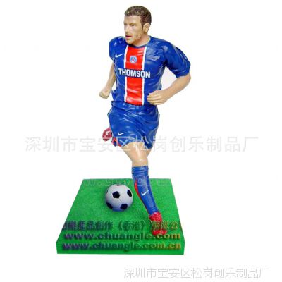 各种树脂人物定做 玻璃工艺品 树脂工艺品 POLY足球人物