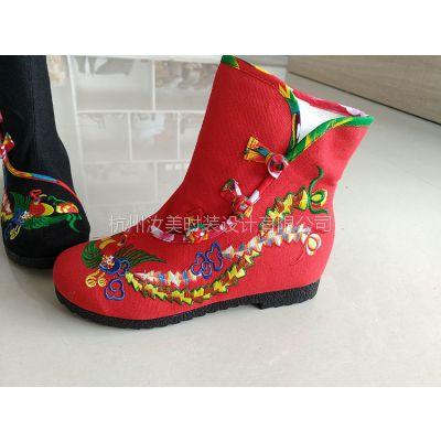 杭州汝美绣花鞋厂家8210-42新款女式绣花布鞋汝美时装布鞋圆头搭扣棉布女靴