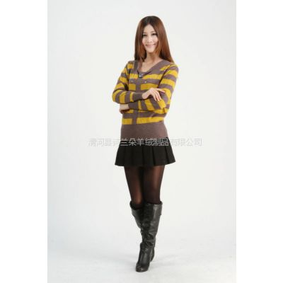 供应2012秋冬装女士新款带钻彩条羊绒衫针织打底衫长袖针织衫毛衣包邮