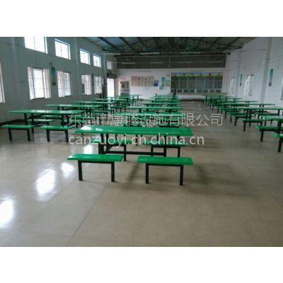 新会区连体饭堂餐桌批发 加固加厚更耐用 手工成型餐桌椅价格