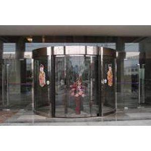供应太原安装电动卷闸门 玻璃感应门 伸缩门 等自动门15234131793