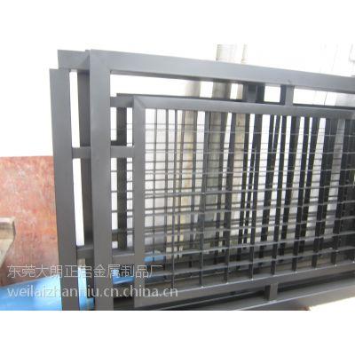 惠阳护栏厂家供应 锌钢河堤护栏 围墙栏杆 管材 型材配件在广东来说是品牌哦