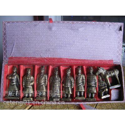西安兵马俑批发 仿铜将军俑 跪射俑 纪念礼品工艺品摆件