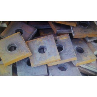 供应塑料支架,YDCQ型千斤顶专业设备制造,钢绞线出厂价,选天津乾昌