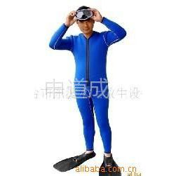 供应湿式潜水服/潜水服/潜水保暖服/连体潜水服