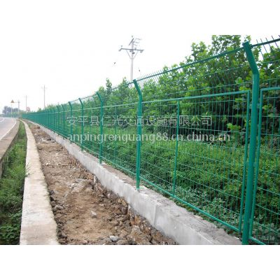 安平仁光大量供应低碳钢丝高速公路护栏网