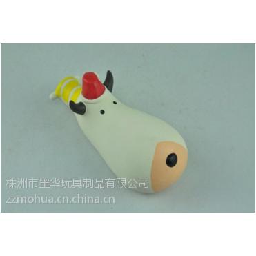 新设计的宠物狗玩具柔软发声乳胶宠物狗玩具大头牛