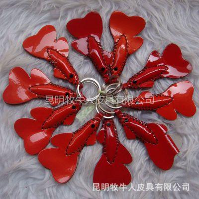 供应零售批发真皮手工挂件  车挂件  钥匙挂件 小红鱼