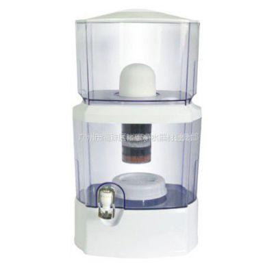 供应24L矿泉壶 ,净水桶 白  绿 半球型陶瓷滤芯