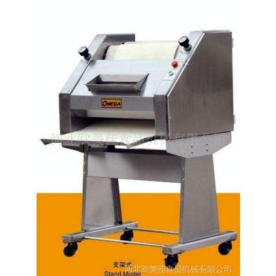 供应法棍面包整形机,法棍整形机 欧美佳面包设备,食品烘焙设备特价