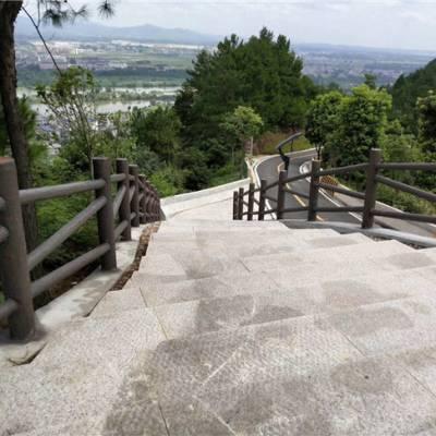四川驰升厂家直供竖式仿木栏杆 采用仿木技术