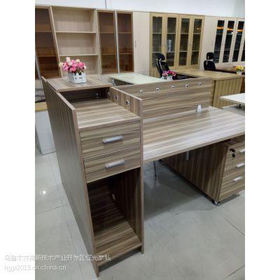 新疆屏风办公桌厂家定做 新疆办公家具 工位桌