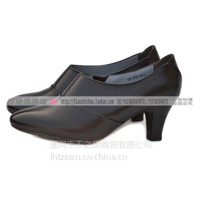 3515CQ07A强人女鞋中跟浅口真皮单鞋尖头时尚休闲潮流百搭单皮鞋