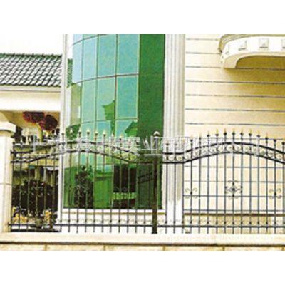 供应厂家直供高档铁艺围栏 防护围栏 安全围栏 别墅围栏