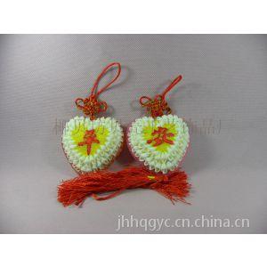 供应椰贝坊新款带珠子心形贝壳中国结