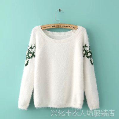 厂家直销 2014新款女装韩版钉珠绣花圆领套头长袖马海毛毛衣女式