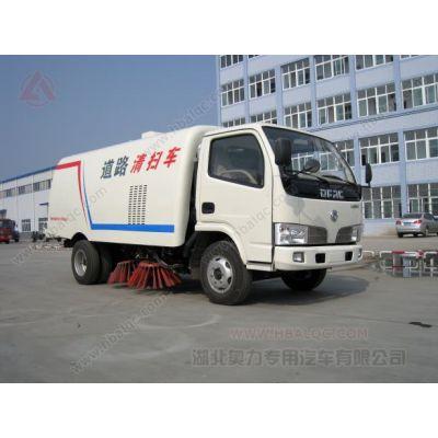 供应东风福瑞卡 5吨扫路车 77.5马力副发动机 的扫地车