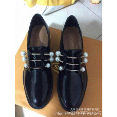 新款15奢华女鞋粗低跟珍珠和小钻的搭配装饰百搭舒适女单鞋代发货