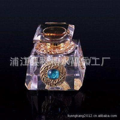 供应定制批发 车载水晶香水座 K9水晶香水瓶 特制香水瓶