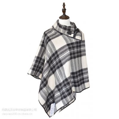内蒙古2016女士冬季保暖黑白格黑色纯羊毛斗篷工厂定制