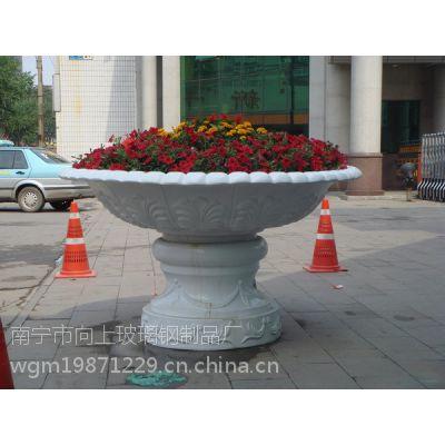 供应南宁市房地产用玻璃钢花盆 景观落地式花盆