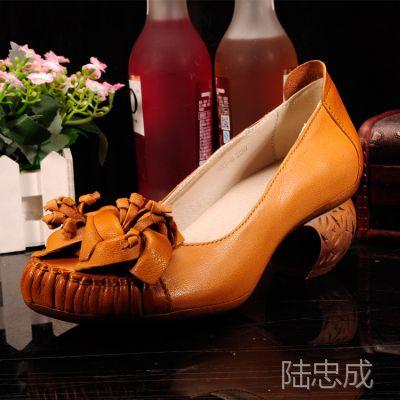 2015广州复古做旧手工打蜡真皮小粗跟浅口女鞋 个性民族风女单鞋
