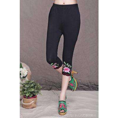 热销民族风修身显瘦裤脚个性绣花女式打底裤 一件代发