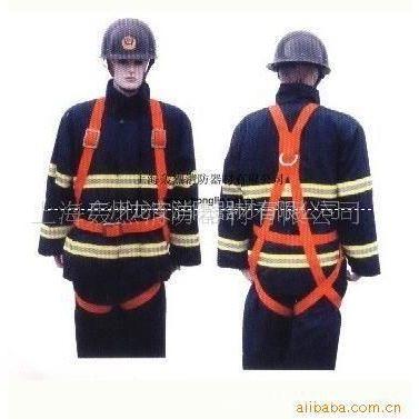 龙安消防器材厂 供应多种款式的消防防护服