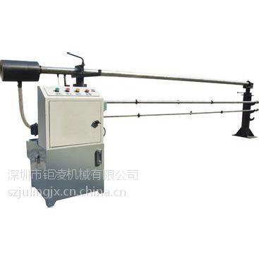 山东地区生产销售钜凌CNC36/46数控车床用的油浴式棒料送料机价格