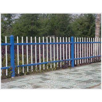供应供应铁艺护栏网、双杠铁艺护栏网产品规格