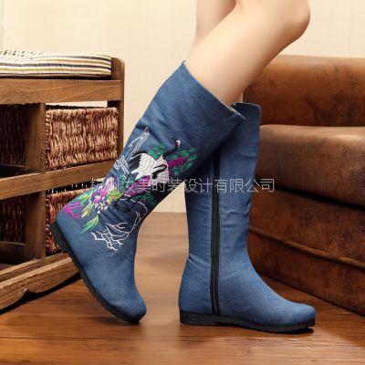 老北京布鞋女秋季新款平底绣花靴圆头中筒靴圆头中跟休闲女靴子