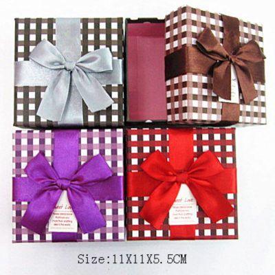 供应新品特价 韩国精美方形小号宽丝带礼品盒