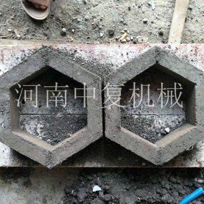 每次生产四块的空心砌块水泥砖机