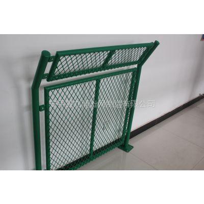 厂家供应框架护栏网顶部折弯护栏网钢板网护栏网