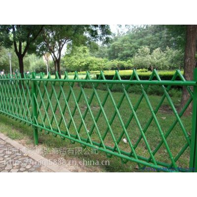 Q235吉林仿竹篱笆围栏,吉林仿竹草坪栅栏,HC锌钢草坪围栏,喷塑围墙栏杆