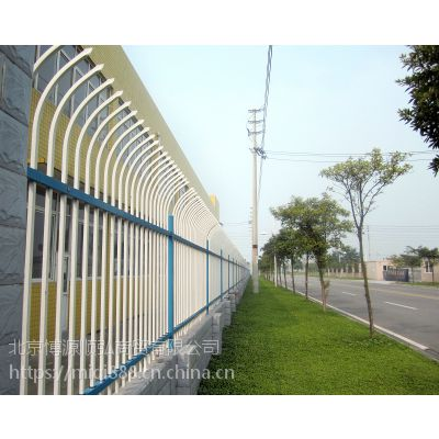 仿竹篱笆栅栏,铜川锌钢道路隔离栏HC,铜川组装围墙栏杆Q235,喷塑弯弧围栏,