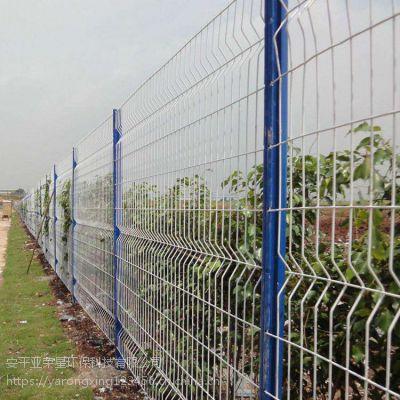 高速公路隔音声屏障 边境专用隔离网 安平专业生产桃型柱护栏