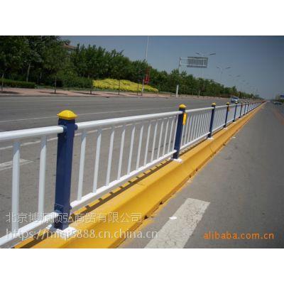 陕西市政道路护栏样式定制,喷塑交通防护栏HCQ235,烤漆围墙栅栏,镀锌管阳台栏杆
