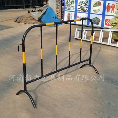 铁马护栏 黑黄铁马施工护栏 道路隔离栏现货供应 河南新力