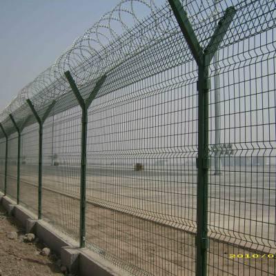 广州镀锌护栏网 物流园金属围栏网 佛山港口隔离栏 林地护栏