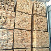 东莞寮步镇建筑模板 工地木方 进口方木厂家