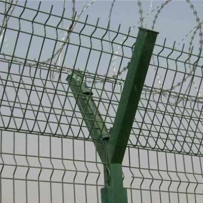 刺丝隔离网安装 江门港口围栏网 惠州金属板网 茂名码头护栏