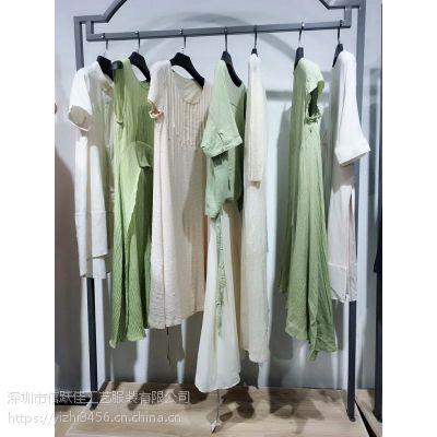 杭州四季青服装市场初次印象女装品牌加盟太平鸟名媛多种款式