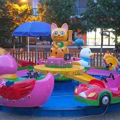 熊大熊二款式玩水设备厂家定做六臂八臂熊出没水陆战车激战欢乐岛