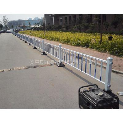 厂家供应道路护栏锌钢护栏车道隔离围栏市政护栏